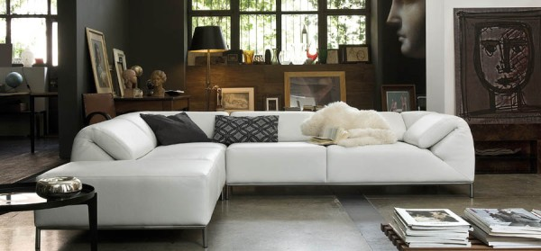 Gamma is one of the top leather houses in Italy because they combine style, comfort, and quality in every piece.
