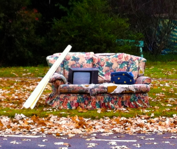Have you lost the love for your old sofa? A new space is the perfect time to get a new sofa.